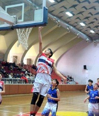 U14 Erkekler Basketbol 2. Bölge Şampiyonası'nda yarı finalistler belli oldu!