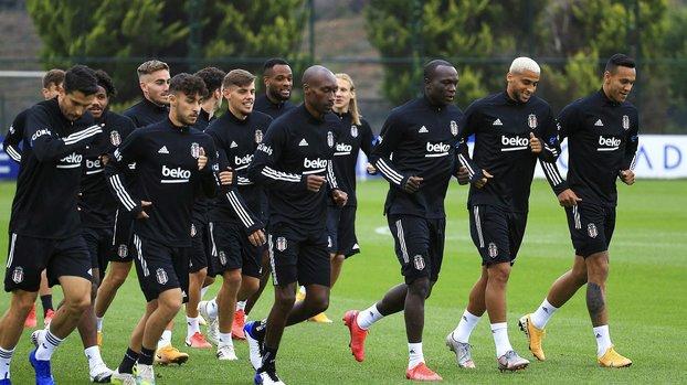 """Usta yazardan flaş yorum! """"Beşiktaş'tan giderse pişman olur"""" #"""