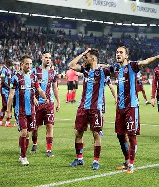 Trabzonsporlu oyunculardan alkışlık hareket