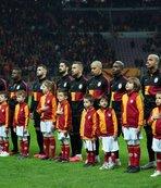 Galatasaray sil baştan! 8 yolcu birden...