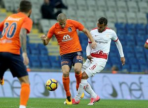 M.Başakşehir - Antalyaspor maçından kareler