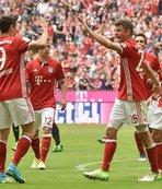 Bavyera ekibi Augsburg'a gol yağdırdı
