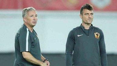 Kayserispor Teknik Direktörü Dan Petrescu'nun yardımcıları Kayseri'ye geldi.