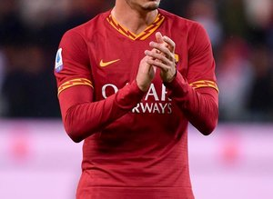 Galatasaray'ın yeni stoperi Roma'dan!
