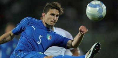 Juventus'tan savunmaya takviye