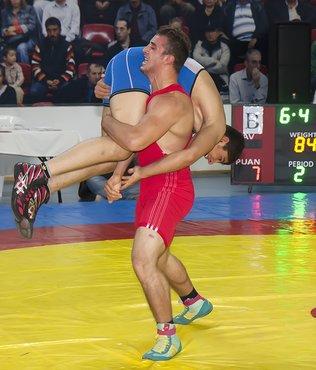 33. Cumhuriyet Kupası Güreş Turnuvası'nın tanıtım yapıldı