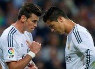 Ronaldo'yu da sollarlar