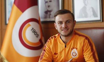 Galatasaray'dan dört futbolcuya yeni sözleşme!