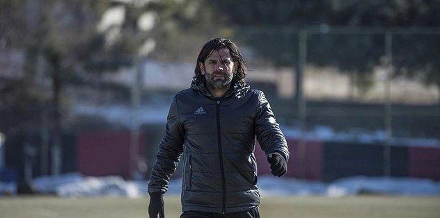 """İbrahim Üzülmez: """"Son dakikada yediğimiz gol bizi gerçekten üzdü"""""""