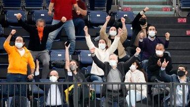 Son dakika GS haberleri | Fatih Terim Galatasaray Afyon maçını tribünden takip etti!