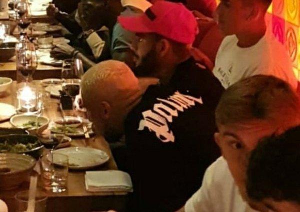 besiktasin yeni transferi welinton takimla birlikte yemekte 1597909657506 - Beşiktaş'ın yeni transferi Welinton takımla birlikte yemekte!