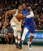 Bucks'ın NBA'deki 18 maçlık galibiyet serisi bitti