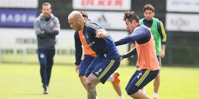 Fenerbahçe'de tam kadro derbi hazırlığı