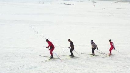 Türkiye Kayaklı Koşu Grup Şampiyonası Bitlis'te başladı