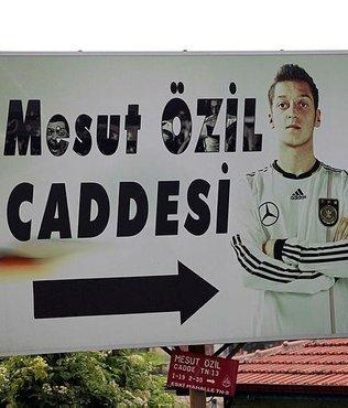 Mesut Özil caddesindeki fotoğraf değiştiriliyor!