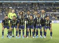 Fenerbahçe'nin yıldızı için yeniden devredeler!