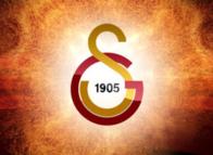 Galatasaray transferi bitiriyor! Yıldız futbolcunun babası devreye girdi