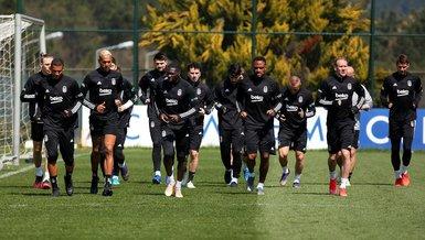 Son dakika spor haberleri: Beşiktaş'ın Kasımpaşa maçı kamp kadrosu belli oldu! 6 eksik birden