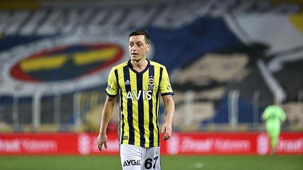 Son dakika spor haberi: Fenerbahçe'de Mesut Özil'in son durumu belli oldu! Kasımpaşa maçında... #