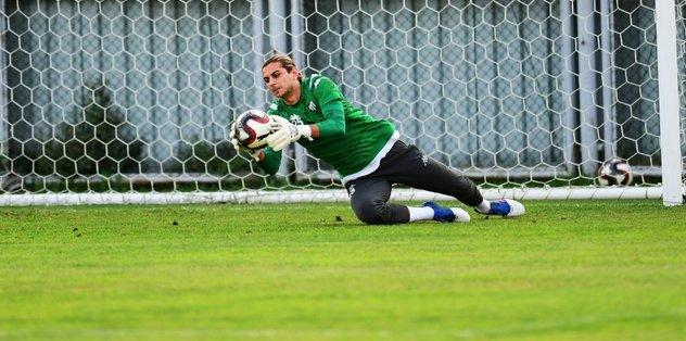 Bursaspor'da kaleciler 'penaltı canavarı'