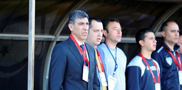 Ümraniyespor'da teknik direktörlüğe Sait Karafırtınalar getirildi
