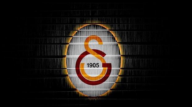 Galatasaray'da bir futbolcunun corona testi pozitif çıktı! #