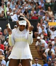 Federer ve Serena Williams üst tura yükseldi
