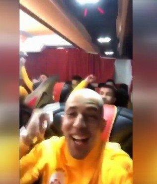Kadıköy dönüşü Galatasaraylı oyunculardan gönderme!