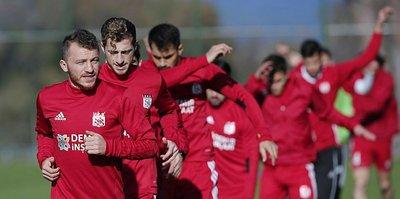 """""""Futbolu Sivasspor'da bırakmak istiyorum"""