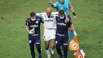 Eski G.Saraylı Felipe Melo'nun ayak bileği kırıldı!