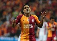 Galatasaray'ın yıldızı Falcao'dan sakatlık açıklaması