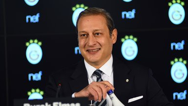 Galatasaray Başkanı Burak Elmas: Bizler sahnede yönetim kurulu masasında oturmayacağız.