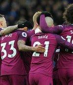 Manchester City şampiyonluğa koşuyor
