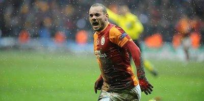 Hayaller Sneijder