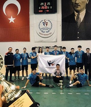 Hentbolda Ortadoğulular şampiyon oldu!