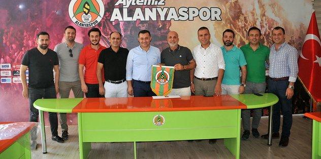 """""""Alanyaspor ve Alanya için teleferikten 1 TL pay mutlaka gelecek."""""""