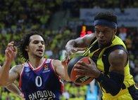 Fenerbahçe - Anadolu Efes maçından kareler...