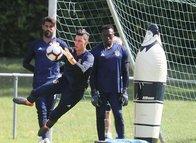 Fenerbahçe'de Berke Özer Avrupa'ya meydan okuyor! Mevkidaşlarını solladı