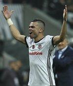 Pepe'ye özel kutlama: Muhteşemsin!