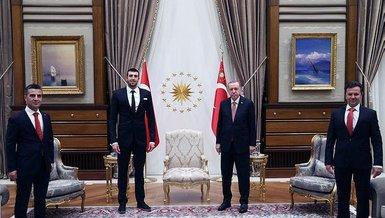 Başkan Recep Tayyip Erdoğan, milli yüzücü Emre Sakçı'yı kabul etti