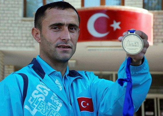 Kahraman Osman Çakmak'ın hayat hikayesi