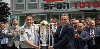 Kupa İstanbul'a götürülüyor