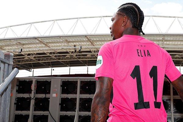 eljero elia utrechte transfer oldu 1597837606082 - Eljero Elia Utrecht'e transfer oldu!