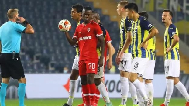FENERBAHÇE HABERLERİ - Fenerbahçe'nin kiralık yıldızları Samatta ve Allahyar Avrupa Ligi'nde coştu!