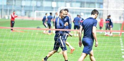 Başakşehir'de Galatasaray maçı hazırlıkları