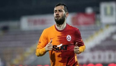 """Galatasaray taraftarından Ömer Bayram'a büyük tepki! """"Çıkar üzerindeki formayı"""""""