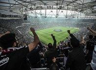 Vodafone Park'ta Beşiktaş taraftarından Fenerbahçe taraftarını kızdıran tezahürat!