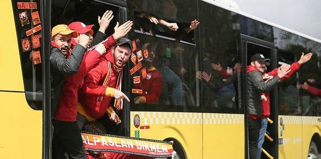 Galatasaraylılar Kadıköy'e böyle gitti