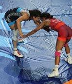 Dünya Güreş Şampiyonası kadınlar yarı finalinde kaybettik!