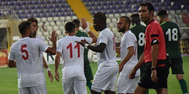 Bursaspor, hazırlık maçında Balıkesirspor Baltok'a yenildi